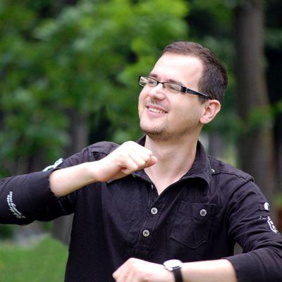 Sergiu Gödri 2 - front-end developer